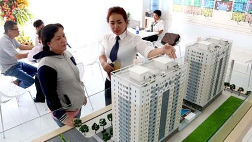 Việc chọn tầng khi mua căn hộ chung cư cũng khiến nhiều khách hàng băn khoăn